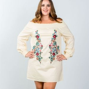Dresses & Skirts - 3X Plus floral embroidered off the shoulder dress